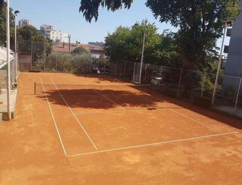 Škola tenisa opet na terenu