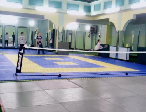 Tenis škola u sportskoj dvorani